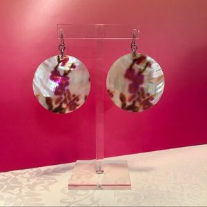 Jewelry - Natural shell earrings